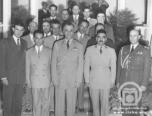 گزارش روزنامه رژیم کودتای ۲۸ مرداد، از آخرین روزهای 12 عضو کمیته نظامی حزب توده محکوم به اعدام