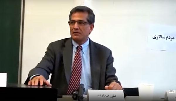 علی صدارت : وضعیت امروز ایران در رابطه با بحرانهای خارجی و داخلی. مصاحبه با عصرجدید.